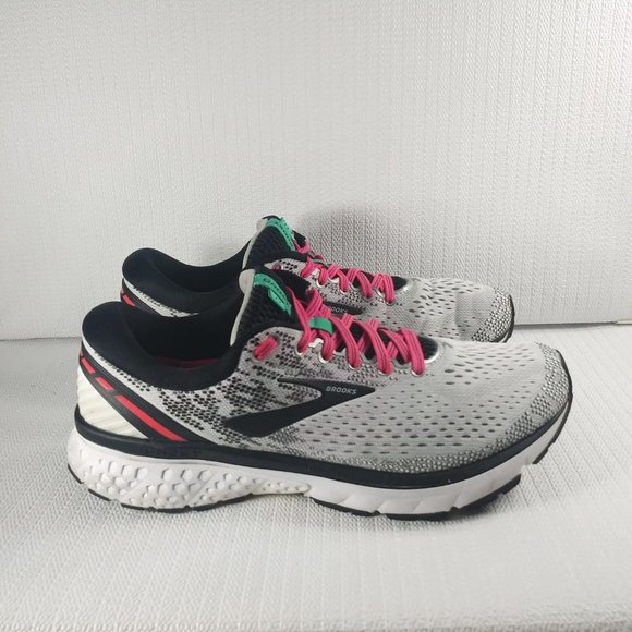 Brooks Shoes | Ghost 11 Womens Size 105